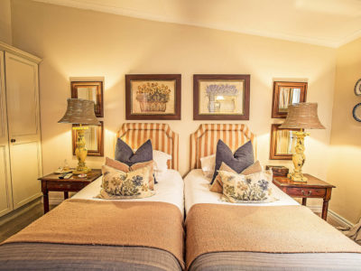 gallery-goble-palms-guest-lodge-urban-retreat-accommodation-top-guest-house-upper-morningside-chic-lodging-hotel-accommodation-deals-kzn